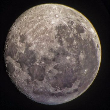 A beginner's guide to magnification with telescopes